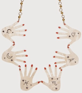 webelieveinstyle_accessories_tatty_devine_seance_hands_necklace